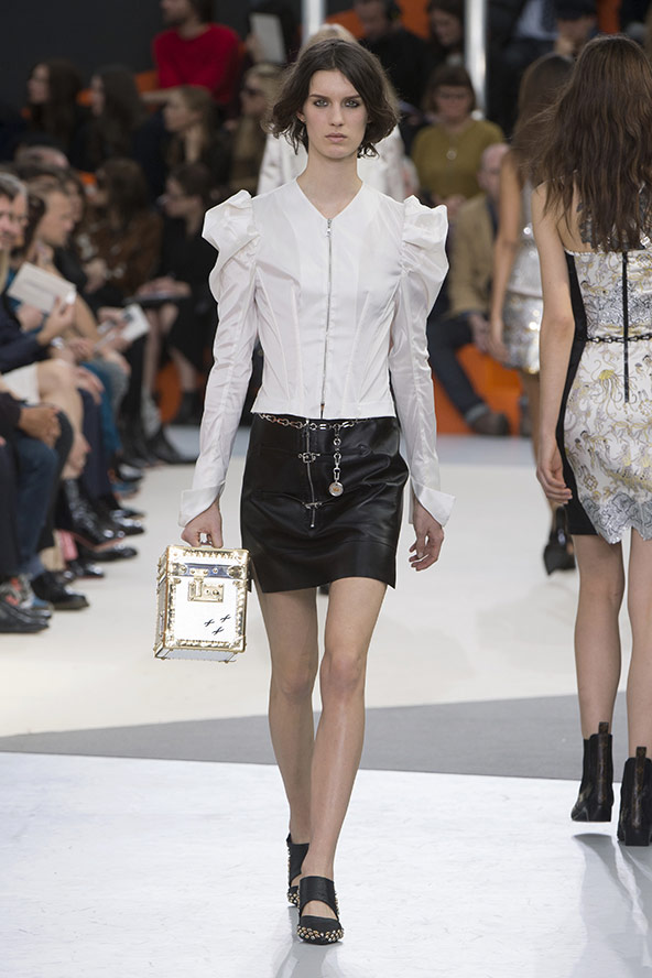 Louis Vuitton Fall 2015 Collection Look 40