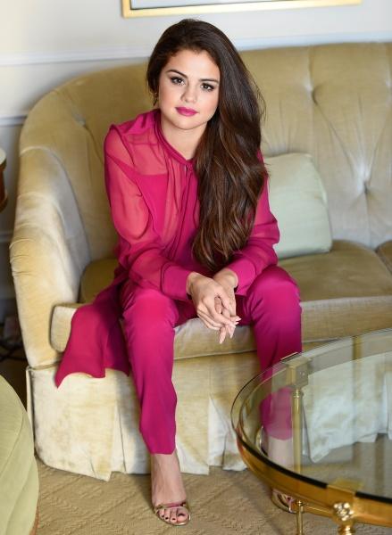 Selena gomez pink chiffon trouser suit silver sandals