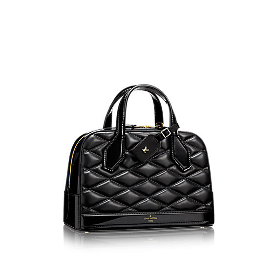 louis-vuitton-dora-pm-malletage-leather-fashion-shows--M50514_PM2_Front view