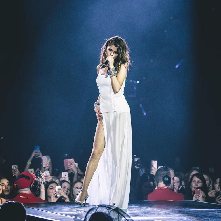 Selena gomez white corset dress silver cuffs Revival tour August 2016 photo chris Classen