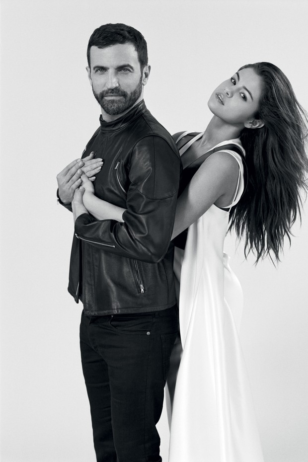 Selena gomez wite dress Vogue Brazil