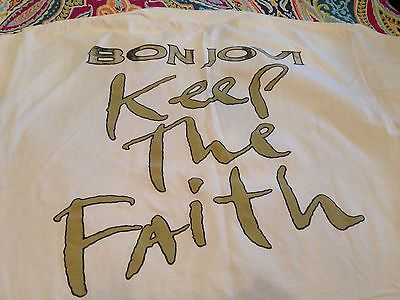 Vintage-Bon-Jovi-Keep-the-Faith-shirt-white-_1