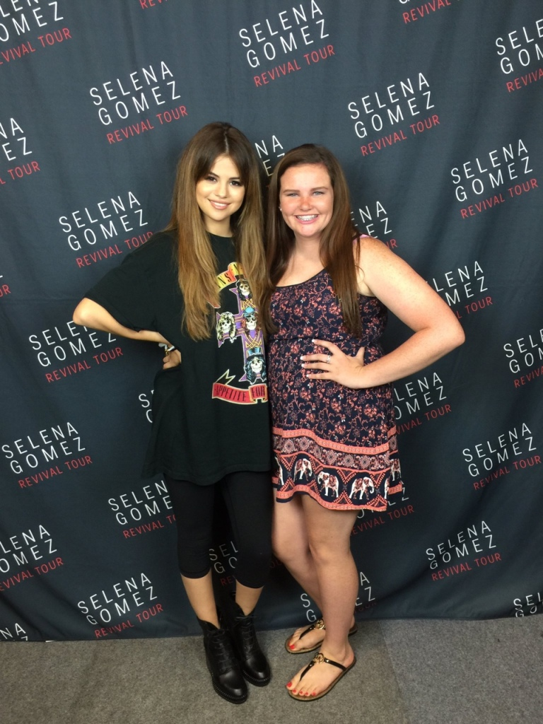 Selena gomez Guns n Rose t-shirt Revival Tour Louisville photo Queen_Maddie