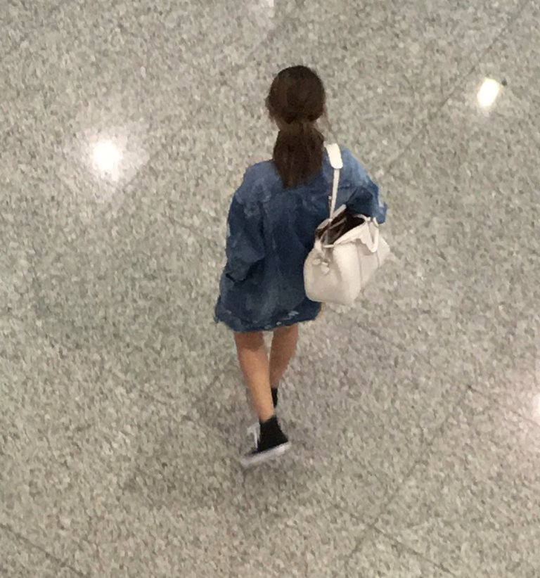 Selena Gomez denim jacket white bag airport photo dqueenbiebs