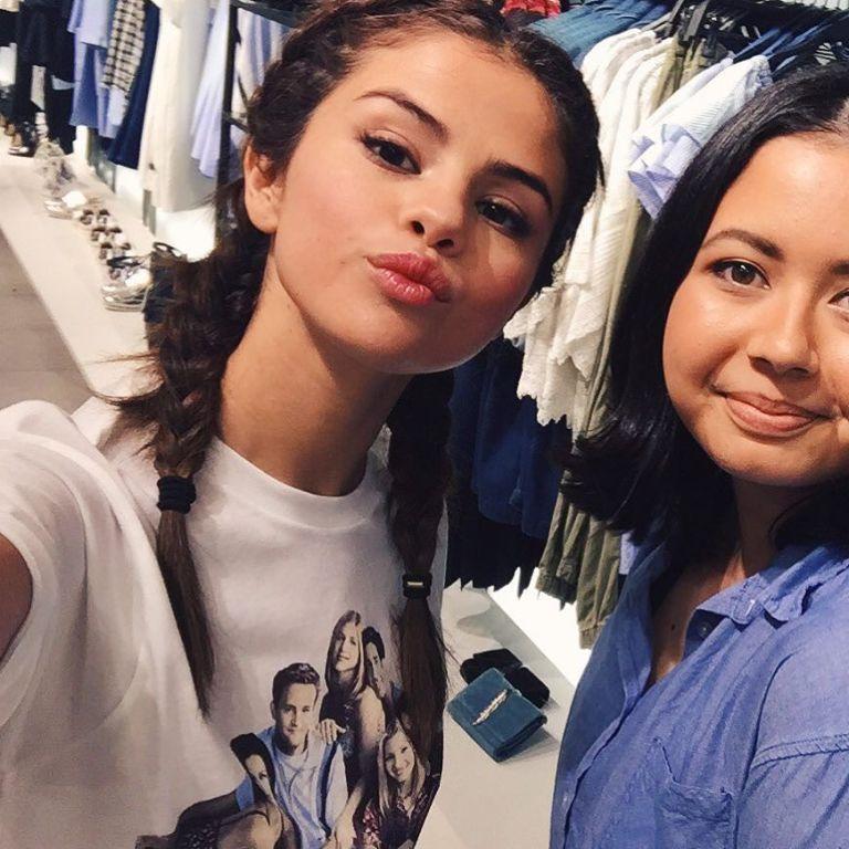 Selena Gomez Friends tshirt Jakarta July 2016 photo JasCameron
