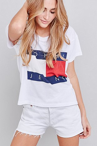 Urban Outfitters  Tommy Jeans Cropped Square White T-shirt