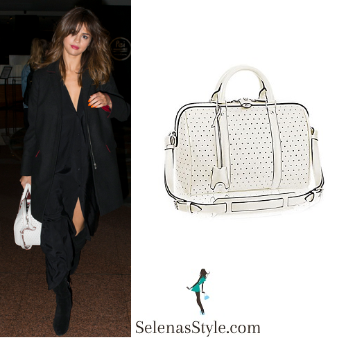 Selena gomez style arriving at her hotel in Sydney August 2016 instagram.png