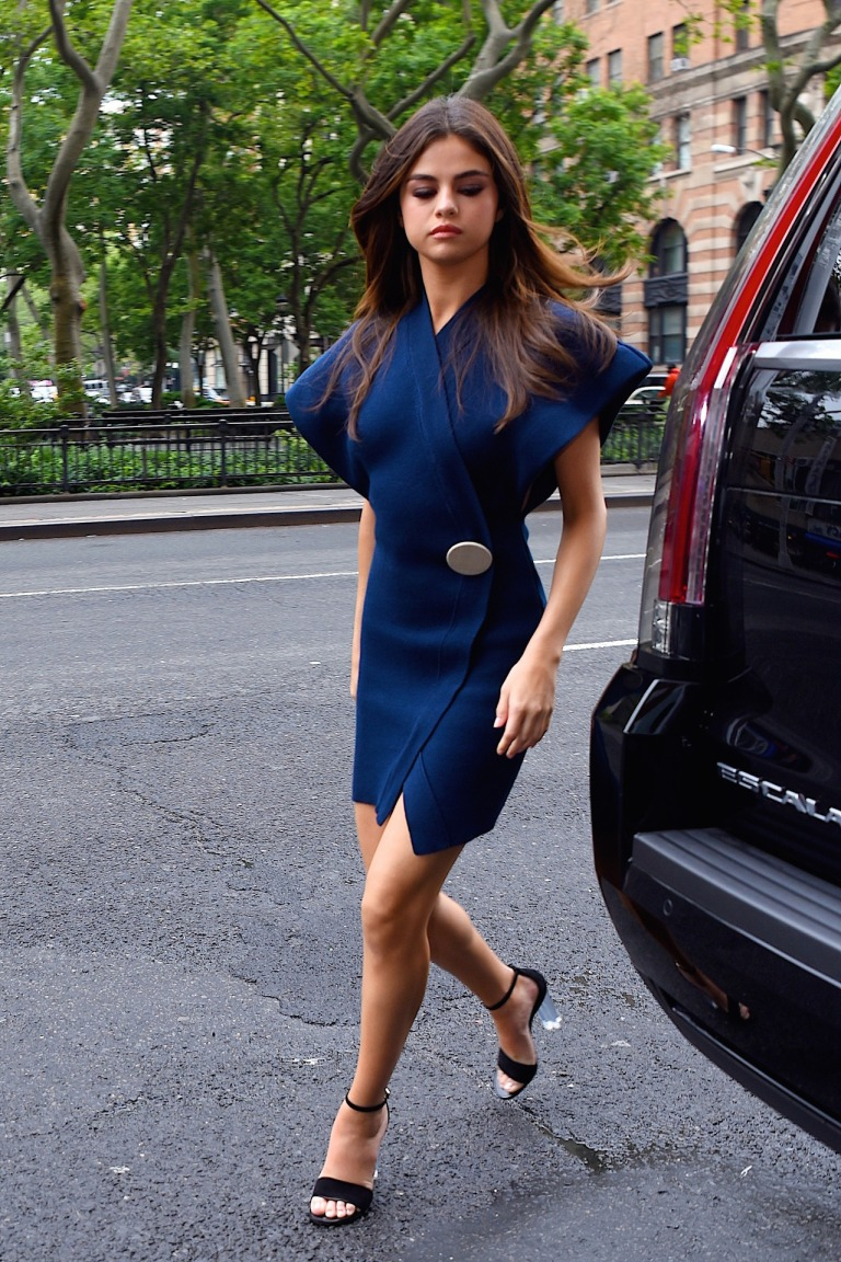 Selena Gomez blue wrapover dress New York 5 June 2017
