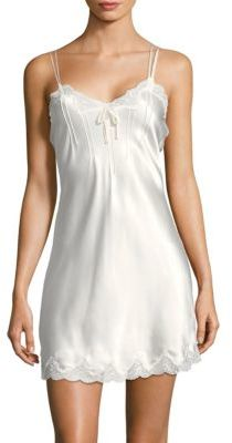 Ginia scallop lace chemise