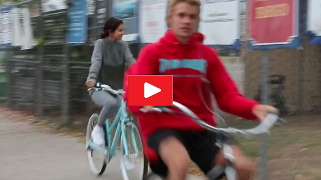 Selena gomez and Justine Bieber video cycling video Daily Mail